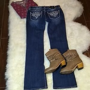 Miss me jeans size 30/35 boot cut mid